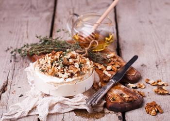 La Camembert de Normandie rôti au miel