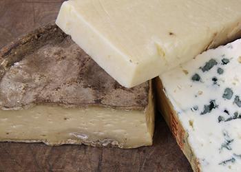 Nos délicieux fromages issus de la région Auvergne
